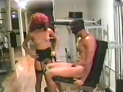 Lucky black guy gets to bang a kinky chick while she moans